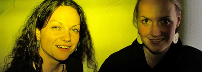 Unter den letzten Gästen: Katharina Pätzold und Janine Martini (Pätzold/Martini, Büro für visuelle Kommunikation, Berlin).