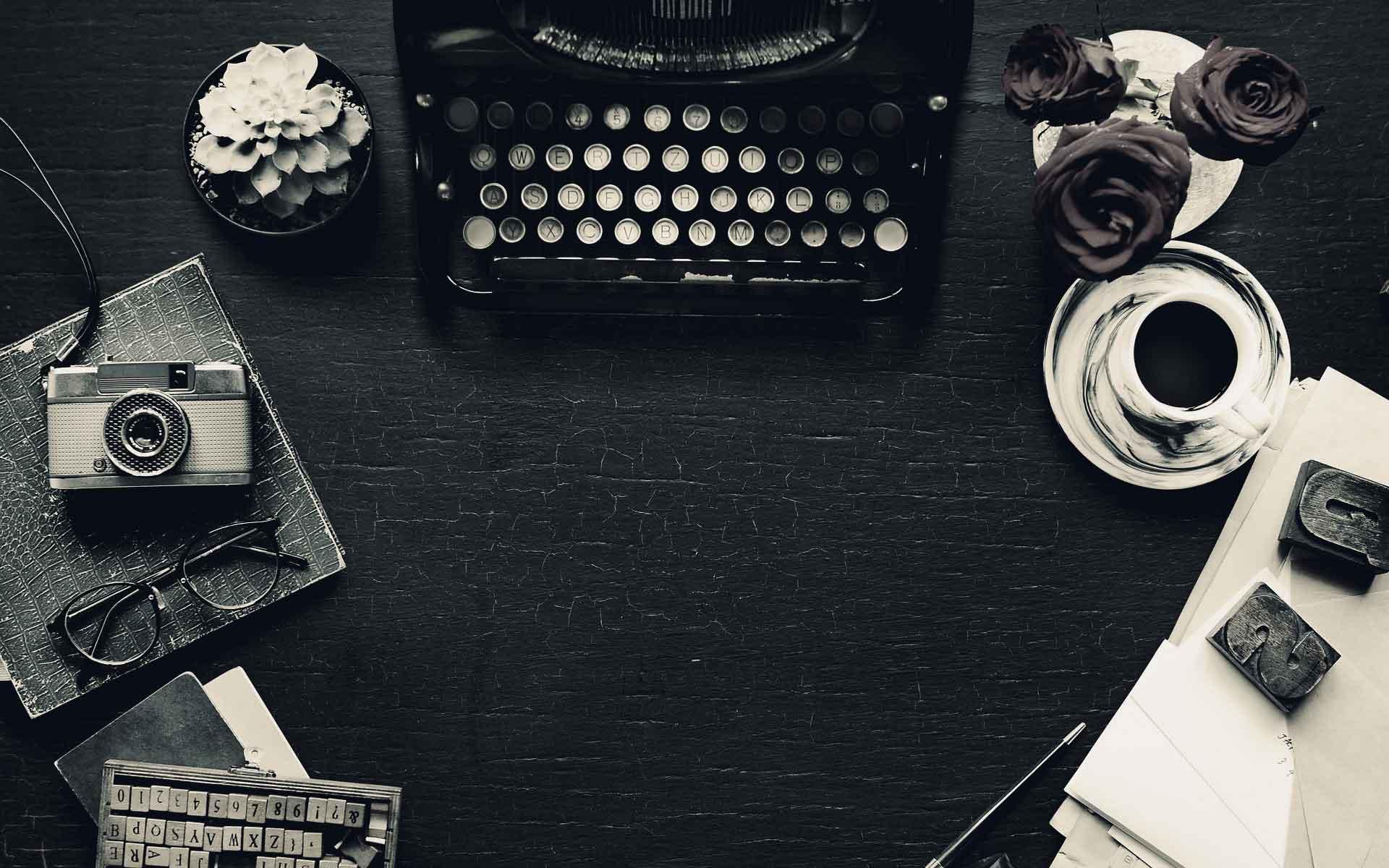 Schreibtischutensilien