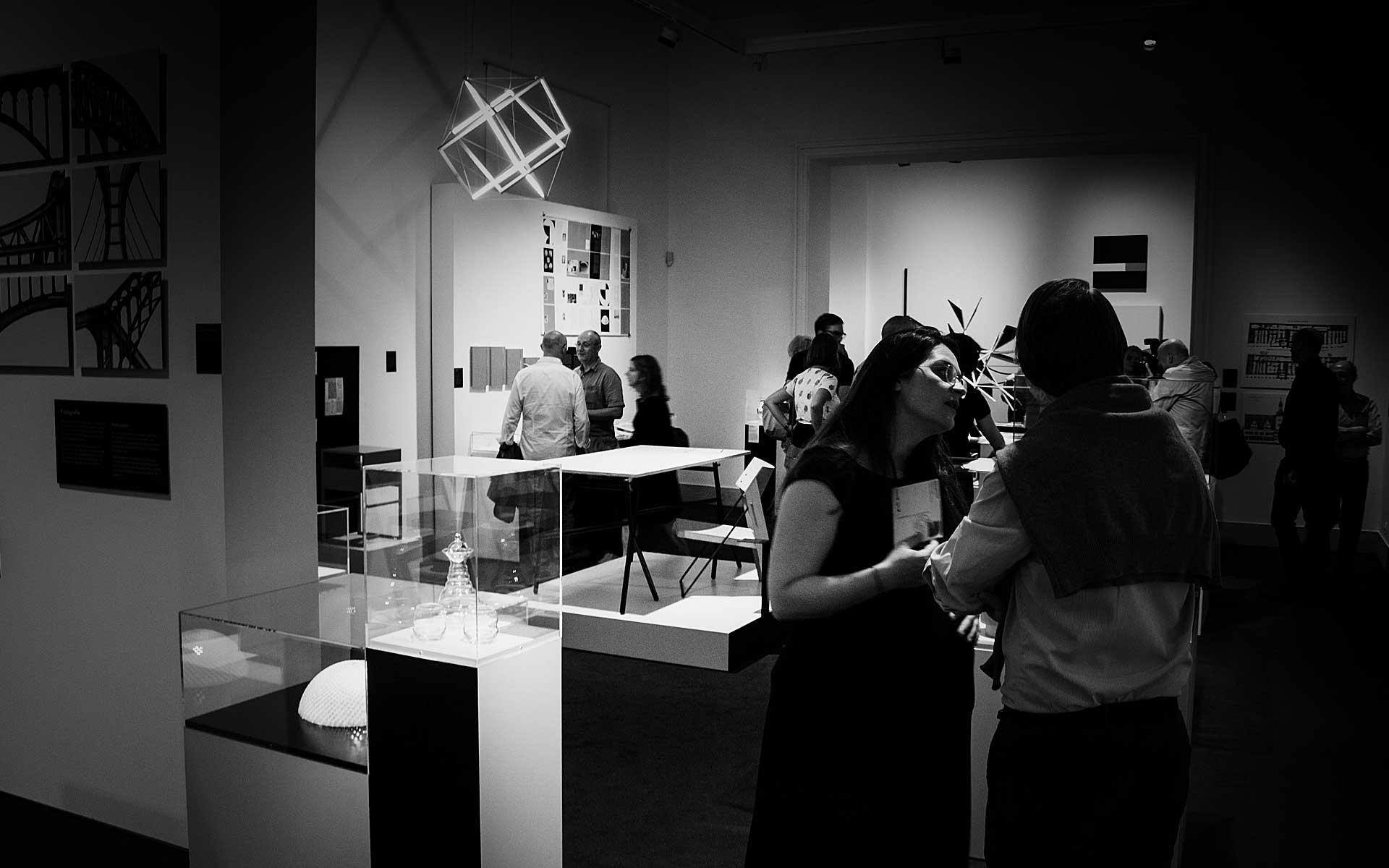 Museum für Kommunikation, Ausstellung »Göttlich Golden Genial. Weltformel Goldener Schnitt?« vom 9.9.2016 bis 26.2.2017.
